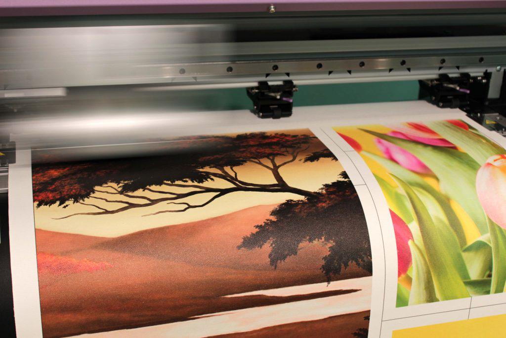 Печать картинок на обои
